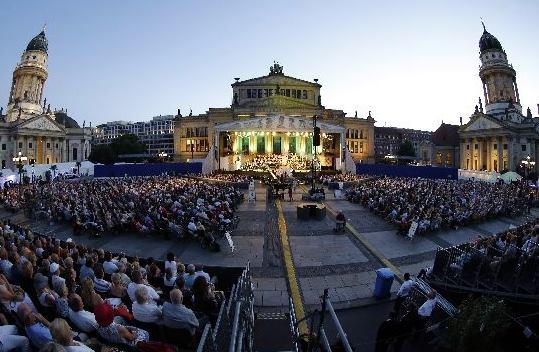 Classic music gendarmenmarkt